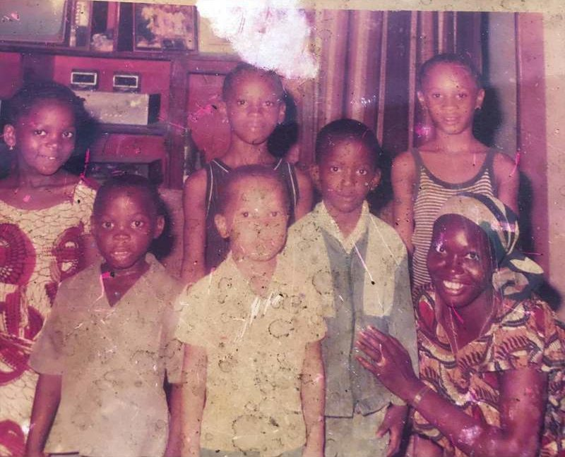 """""""We miss you"""" - Eniola Badmus eulogizes late brother in throwback photo"""
