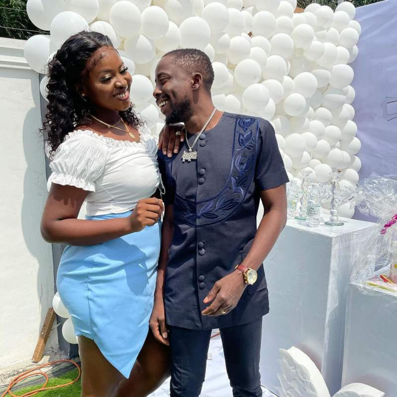 """""""You accepted me 5 years ago when hungry wan finish me"""" - Singer, Erigga celebrates wife (Video)"""