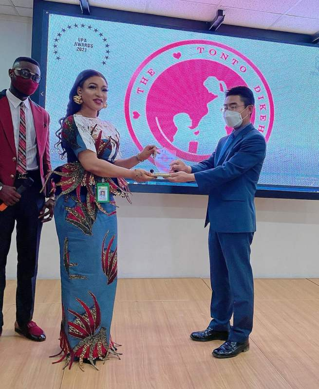 Tonto Dikeh's Foundation Awarded Philanthropic Group Of The Year