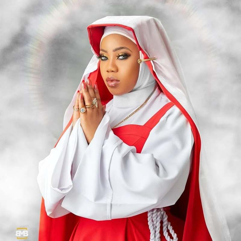 """""""A minute silence for everyone hurting because of me"""" - Toyin Lawani in new nun outfit"""