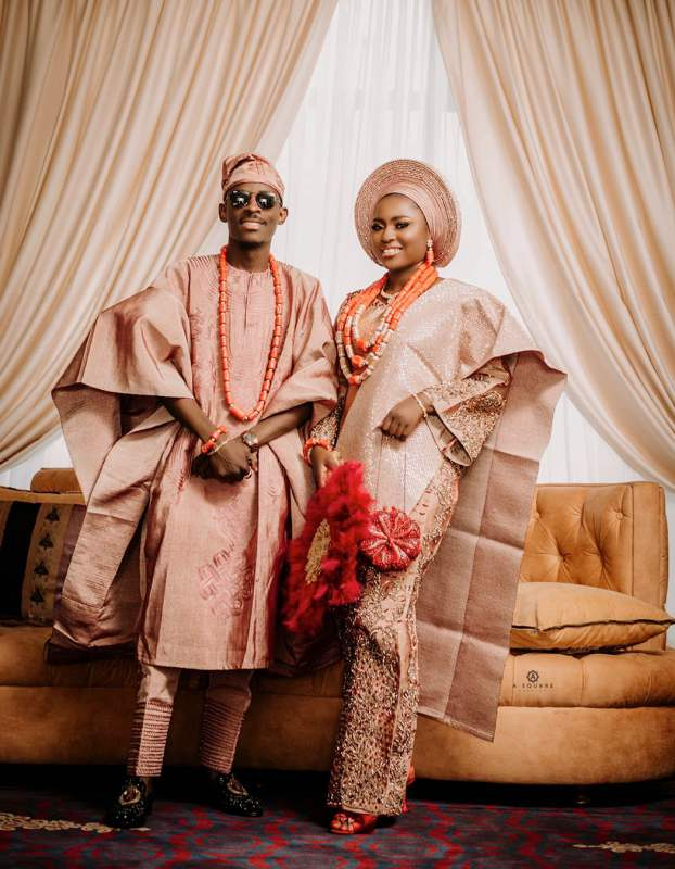 Man laments after event planner charged N400K for 'garri and fish' served at his wedding (Video)