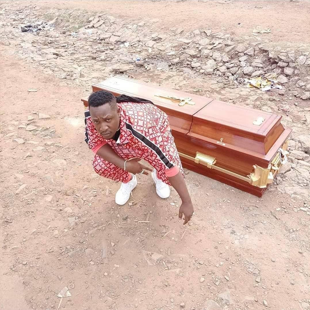 Kenyan coffin funeral musician