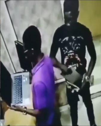 Man Laptop Trouser Stealing
