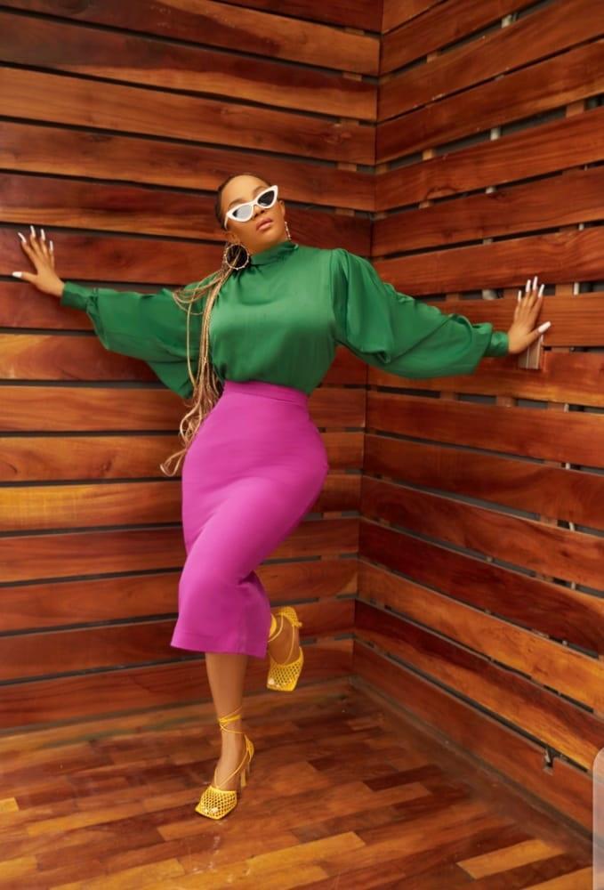 Women Toke Makinwa wrongs