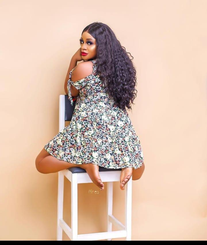 Uche Ogbodo butts pictures