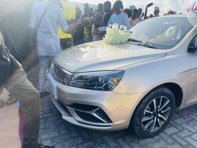 Newly wed comedian, Woli Arole gets brand new car as wedding gift