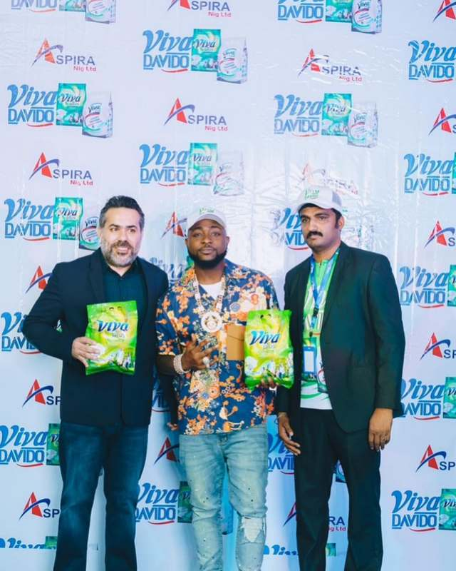 Singer, Davido signs partnership deal with detergent company