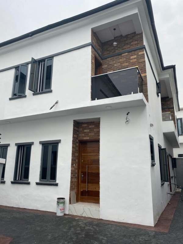 Olakira house