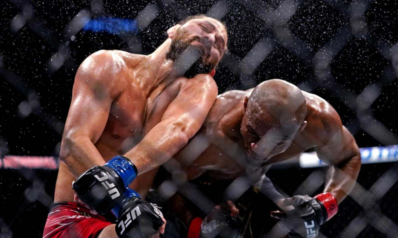 Moment Nigerian martial artist, Kamaru Usman knocked out opponent, Masvidal (Video)