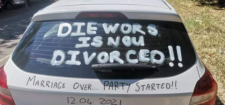 Man pens note of excitement on his car after successfully divorcing his wife