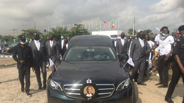 """""""Don't cry for Pastor D"""" - Pastor Adeboye speaks following son's burial (Video)"""