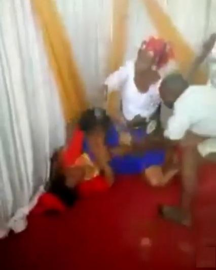 Pastor's wife and Deaconess' daughter fight dirty on church's altar in Abia (Video)