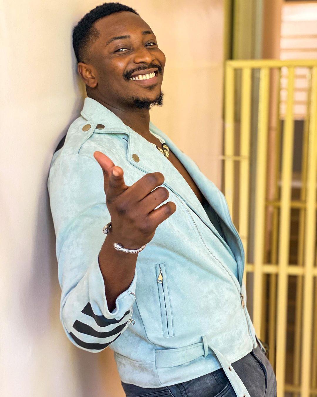"""Shame on you""- BBNaija Star, Sir Dee calls out celebrities over Baba Ijesha's r*pe case"