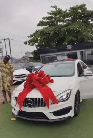 Singer, Bella Shmurda gifts himself a new Mercedes Benz (Video)