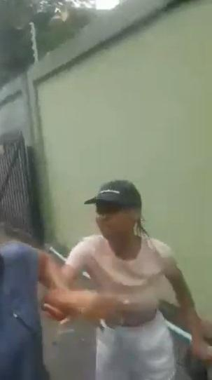 Lady assaults cab driver, refuses to pay after inputting wrong address (Video)