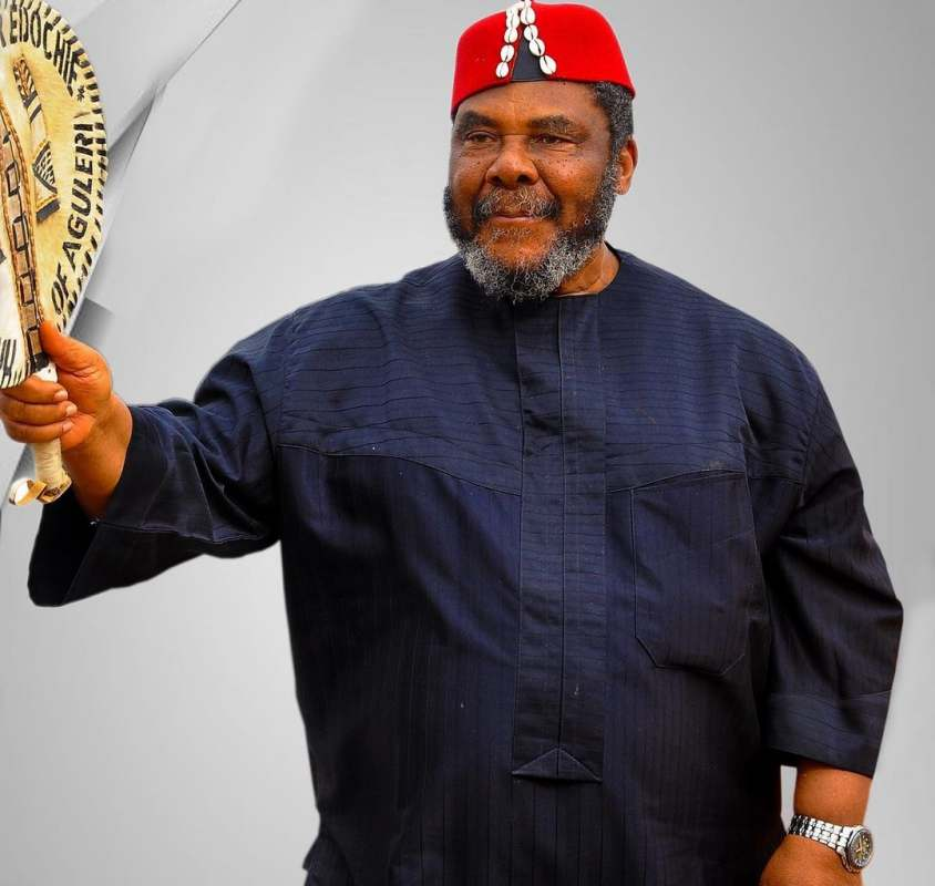"""""""Pete Edochie once had only 4 pairs of trousers"""" - Yul Edochie narrates his father's life struggles"""
