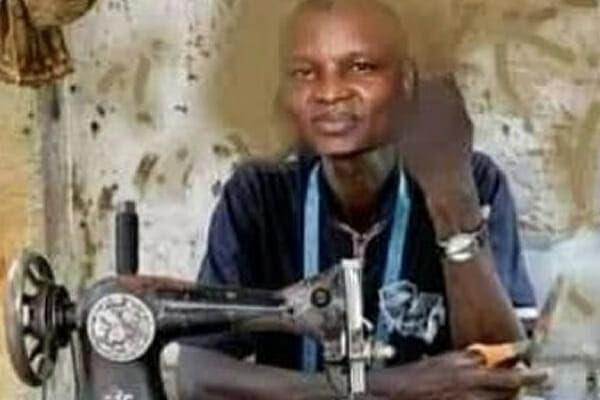 """Hushpuppi: """"For your native wears and other fashion, Abba Kyari is your man""""- Omokri trolls Kyari 2"""
