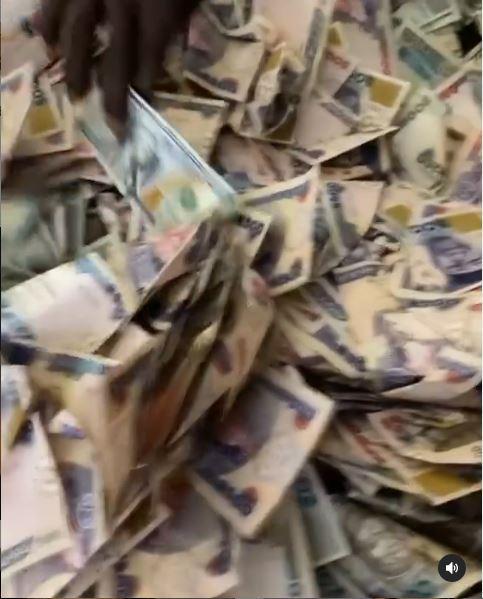 Mimi Orjiekwe Cash Gift Birthday Party