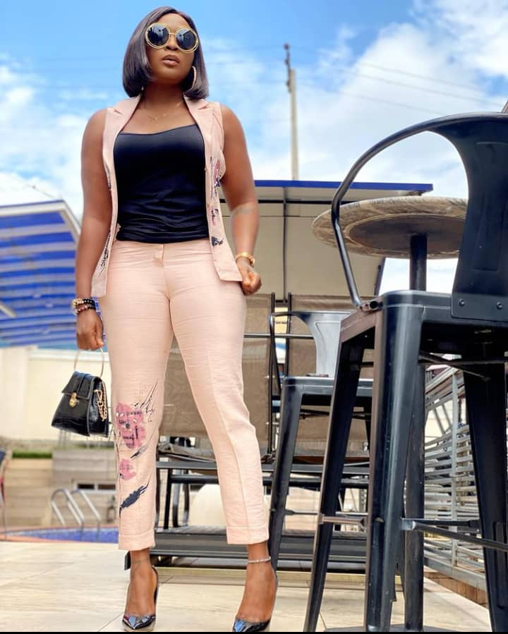 """""""What type of boring children are these?"""" - Blessing Okoro laments over BBNaija housemates"""