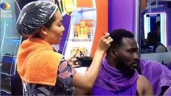 """""""Wild card love"""" - Reactions as Maria is spotted styling Pere's hair (Video)"""