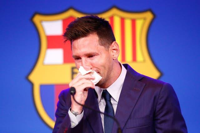 Lionel Messi  tears Barcelona
