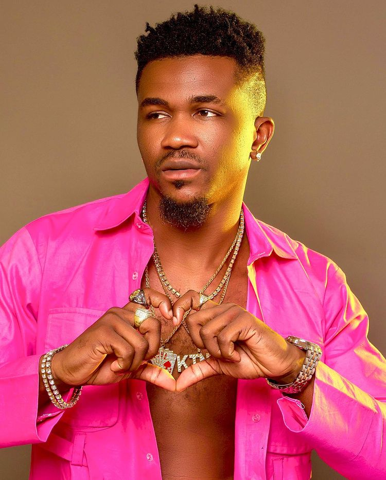 """""""I am not responsible for Oye Kyme's pregnancy, it was a business deal"""" - Singer debunks claim"""