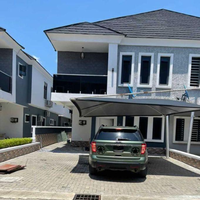 Cute Abiola acquires new mansion