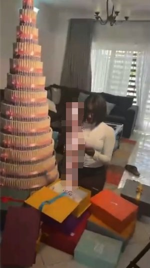 BBNaija's Saskay in tears after receiving huge money cake, other gifts from fans (Video)