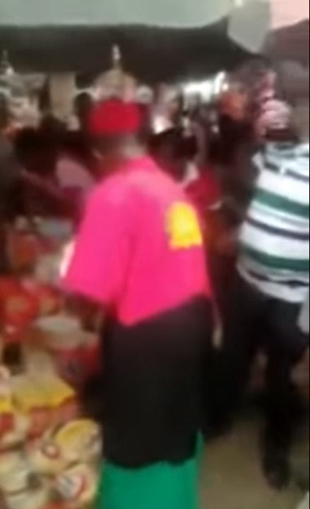 Actor, Chiwetalu Agu sharing food before arrest by Nigerian Army (Video)